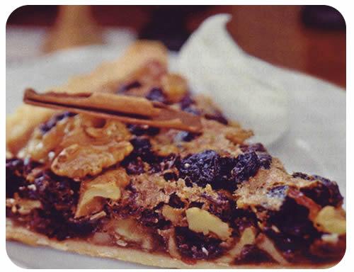 Škotska pita od grožđica i oraha